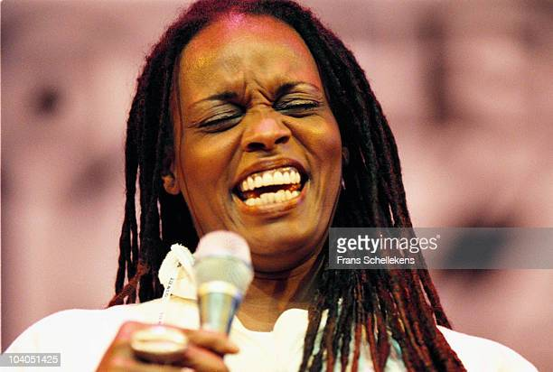 Jazz singer Dianne Reeves performs on stage at The North Sea Jazz Festival on July 11 1998 in The Hague, Netherlands.