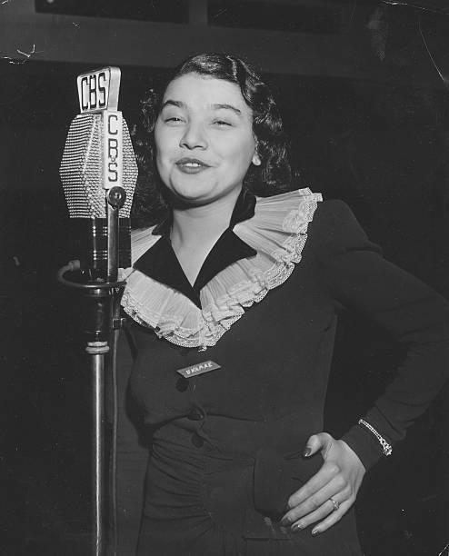 OH: 26th December 1915 - Musician Una Mae Carlisle Is Born