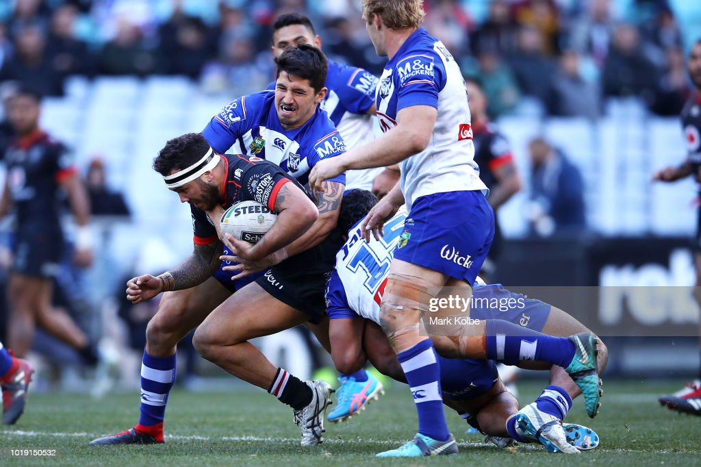 Jazz Tevaga of the Warriors is tackled during the round 23 NRL match between the Canterbury Bulldogs and the New Zealand Warriors at ANZ Stadium on August 19, 2018 in Sydney, Australia.