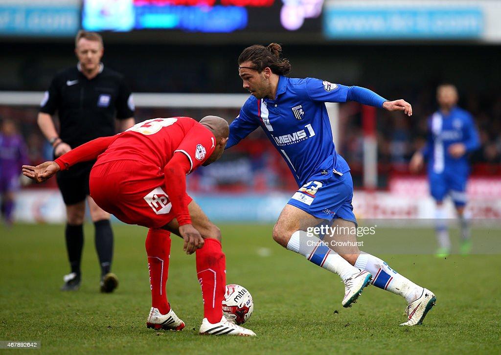 Crawley Town v Gillingham - Sky Bet League One : News Photo