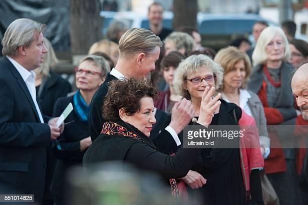 20 Jüdisches Filmfesival 2014 Gala Empfang HansOttoTheater Potsdam Max Raabe und Festivalleiterin Nicola Galliner