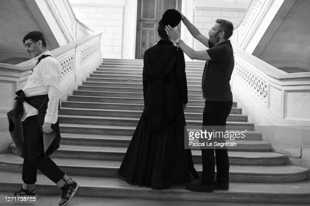 "Jeade Pasquier, La commedia character is dressed up for the ""Il Medico Della Peste"" 2020/2021 Winter Franck Sorbier Haute Couture Maitre collection..."