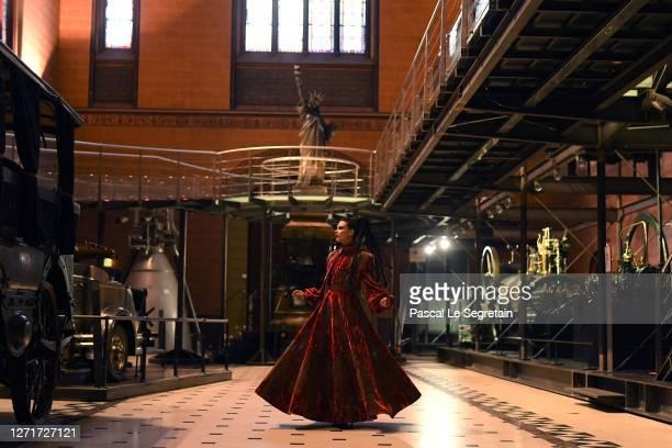 """Jeade Pasquier, La commedia character poses for the """"Il Medico Della Peste"""" 2020/2021 Winter Franck Sorbier Haute Couture Maitre collection at the..."""