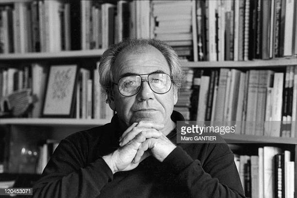 jean baudrillard and mass media Jean baudrillard pataphysics of year 2000  possible senses and wherein, via modern media, each event,  mass, and not only in the.