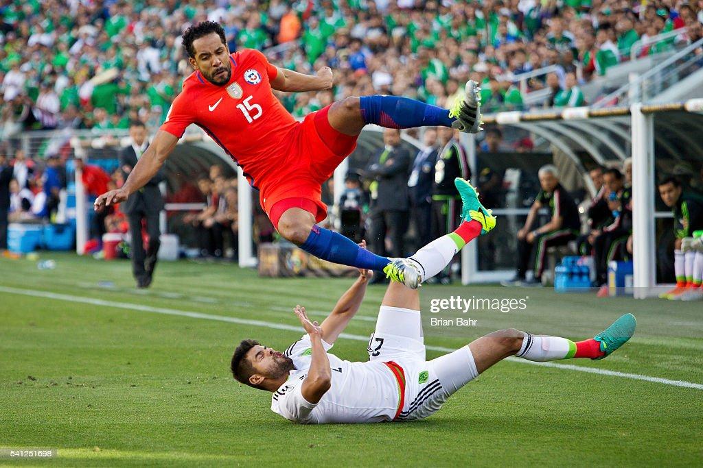 Mexico v Chile: Quartefinal - Copa America Centenario : News Photo