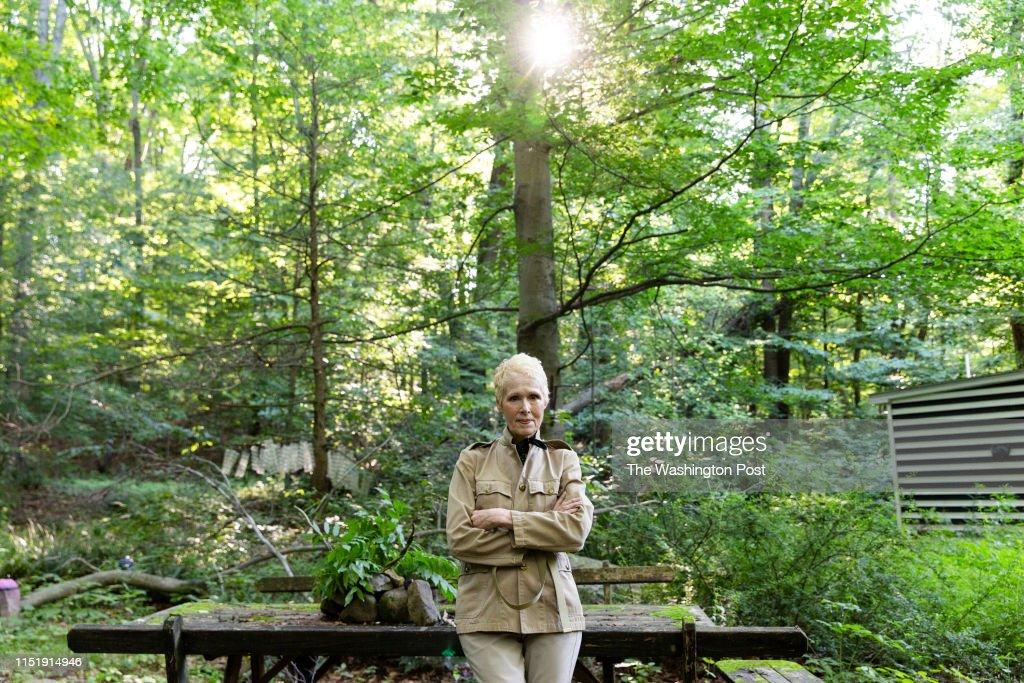 WARWICK, NEW YORK - JUNE 21,2019: E. Jean Carroll at her home i : News Photo