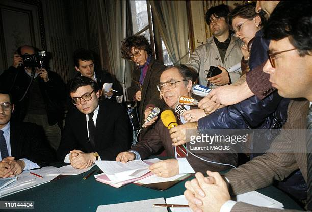 Jean Charles Naouri Beregovoy and Pierre during a press conference for a press conference in Paris in Paris France on March 31 1983