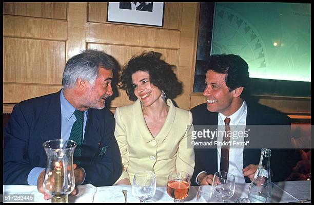 Jean Claude Brialy Fanny Ardant and Michel Leeb 100th representation of the play Je ne suis pas un Homme facile by Jean Loup Dabadie