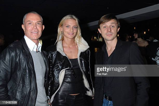 Jean Claude Jitrois Sarah Marshall and Martin Solveig attend the Pernod Fashion Awards 2007 Party on the 'Mirage' Boat on December 4 2007 in Paris...