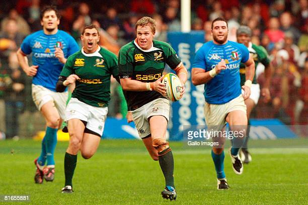 Jean de Villiers of South Africa in action during the International match between South Africa and Italy held at the Newlands Stadium on June 21 2008...