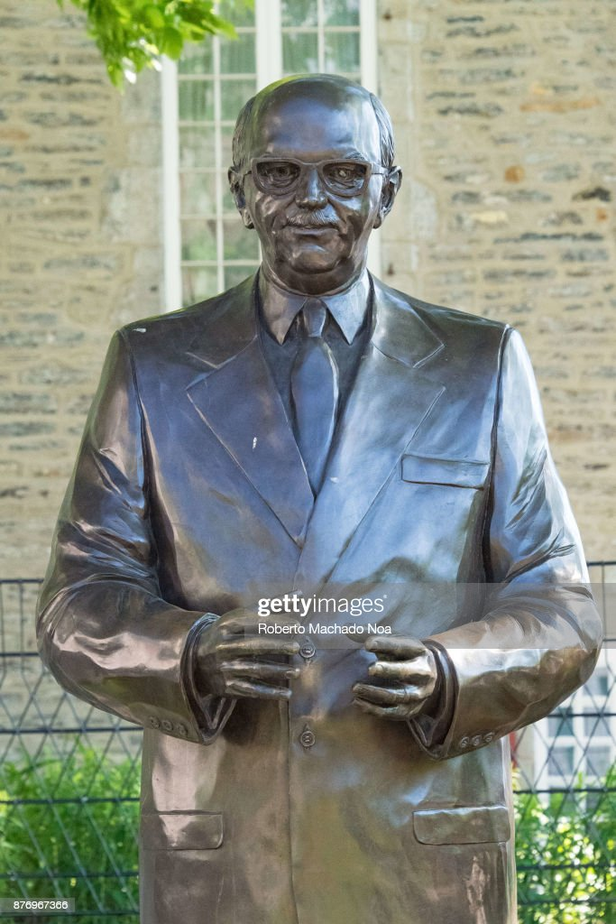 Jean Drapeau bronze statue in Old Montreal. The city is a... : News Photo