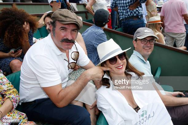 Jean Dujardin and Elsa Zylberstein attens the Men Final of the 2017 French Tennis Open Day Fithteen at Roland Garros on June 11 2017 in Paris France