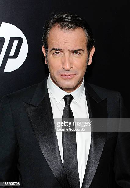 Jean Dujardin attends the premiere of 'The Artist' at the Paris Theater on November 17 2011 in New York City