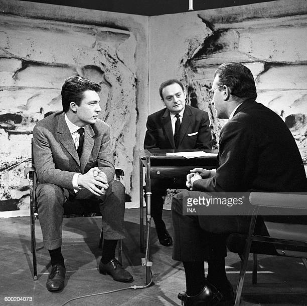 Jean Jacques Sempé René Goscinny and Pierre Dumayet on the set 'Readings for all'