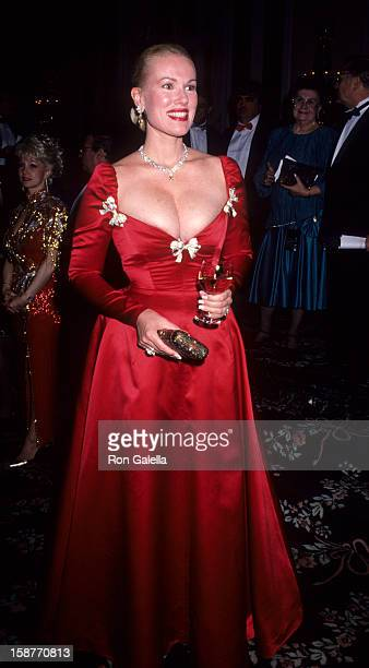 Jean Kasem attends Ellis Island Medals of Honor Awards Gala on December 9 1990 at the Waldorf Astoria Hotel in New York City