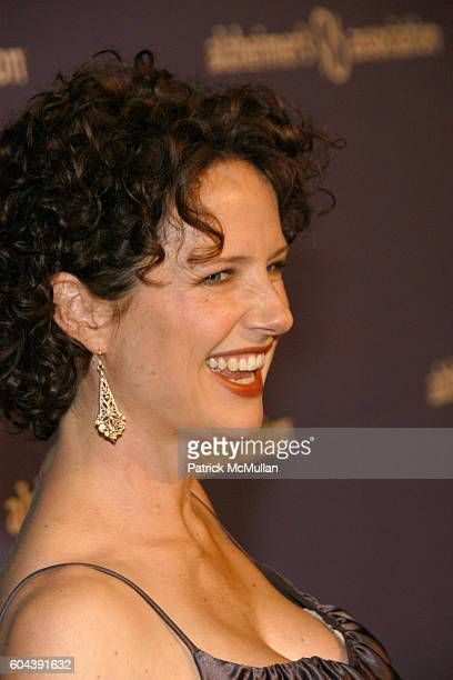 Jean Louisa Kelly attends 14th Annual Alzheimer's Association's Benefit and Awards Dinner A NIGHT AT SARDI'S at Beverly Hilton Hotel on March 8 2006...