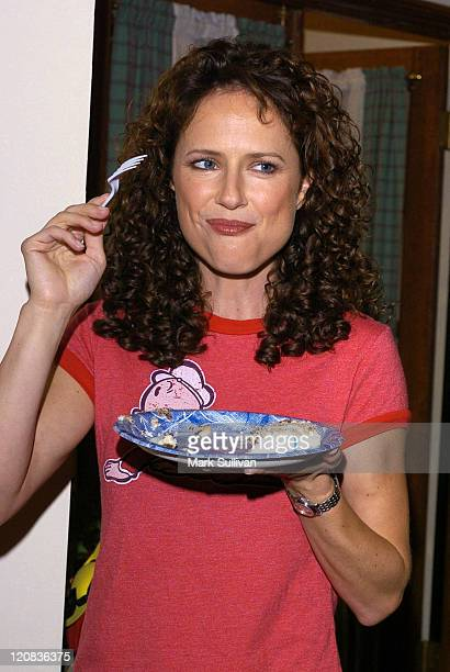 Jean Louisa Kelly on set of Yes Dear during Yes Dear Celebrates Its 100th Episode at CBS Studio Center in Studio City California United States
