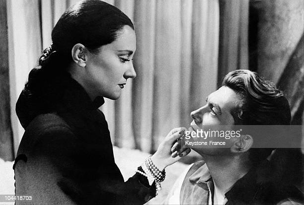 Jean Marais And Maria Casares In 1949