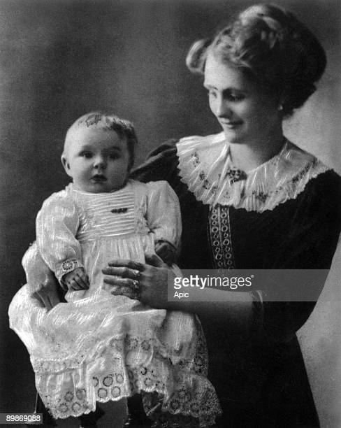 Jean Marais, as a child, and his mother Rosalie in Cherbourg c. 1914
