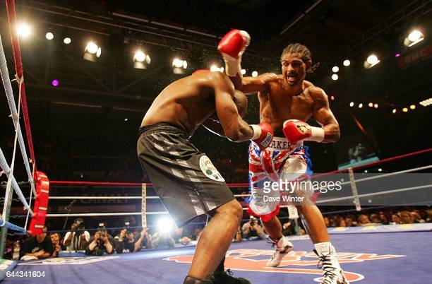 Jean Marc MORMECK / David HAYE Championnat du monde des lourds legers WBA / WBC Palais des Sports MarcelCerdan de Levallois Photo Dave Winter / Icon...