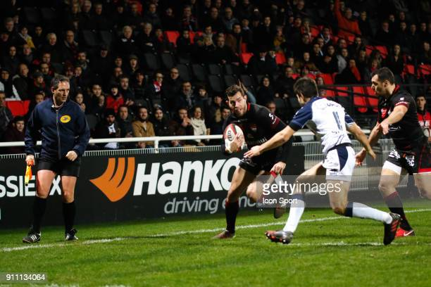 Jean Marcellin Buttin of Lyon and Valentin Saurs of Agen and Lionel Beauxis of Lyon during the Top 14 match between Lyon and Agen at Gerland Stadium...