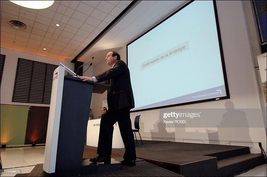 Jean Martin Folz, CEO of PSA presents the group's annual results in Paris, France on August 01, 2006.