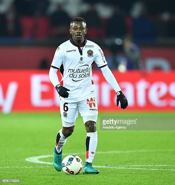 Jean Michael Seri of Nice in action during the French Ligue 1 football match between Paris SaintGermain and OGC Nice at the Parc des Princes Stadium...