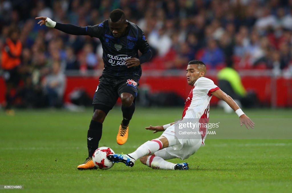 Ajax Amsterdam v OSC Nice - UEFA Champions League Qualifying Third Round: Second Leg : ニュース写真