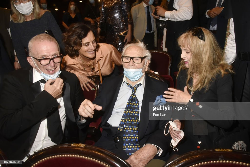 """""""House Of Cardin"""" Special Screening At Theatre Du Chatelet In Paris : ニュース写真"""