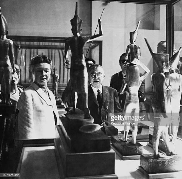 Jean Paul Sartre And Simone De Beauvoir Looking At Some Egyptian Soldiers In The Egyptian Museum At Cairo In Egypt