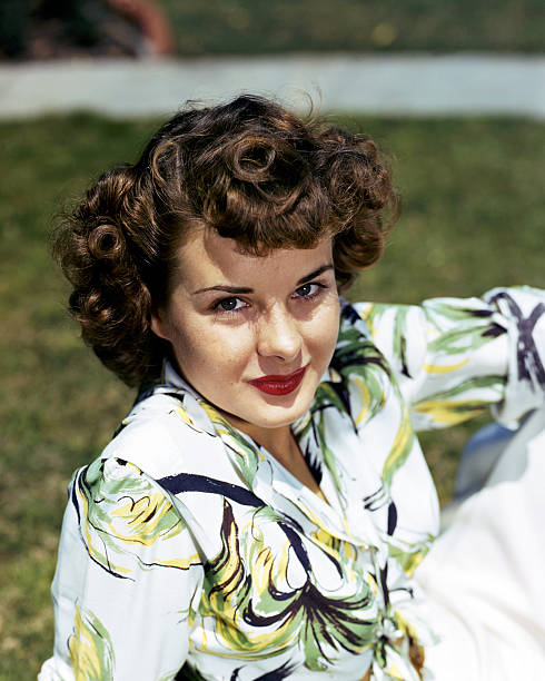 jean-peters-us-actress-wearing-a-white-g