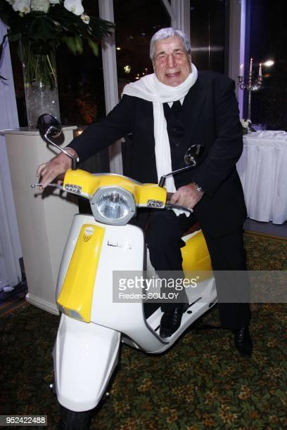 Jean Pierre Castaldi attends 'The Best' at The Pavillon Dauphine Restaurant in Paris France on December 11 2011