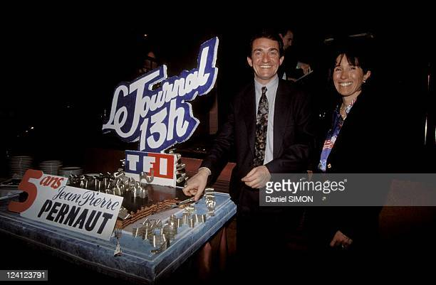 Jean Pierre Pernault celebrates his 5 years of '13 hours' on TF1 in Paris France on March 02 1993 JeanPierre Pernault and his wife