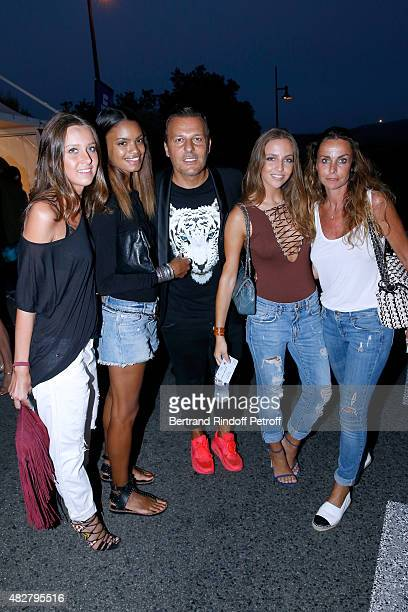 Jean Roch his wife Anais Monory Coraline Ginola her daughter Carla and her friend Olivia attend the 'Madame Foresti' show of Humorist Florence...