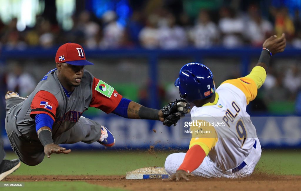 World Baseball Classic - Pool C - Game 5 - Dominican Republic v Columbia : News Photo