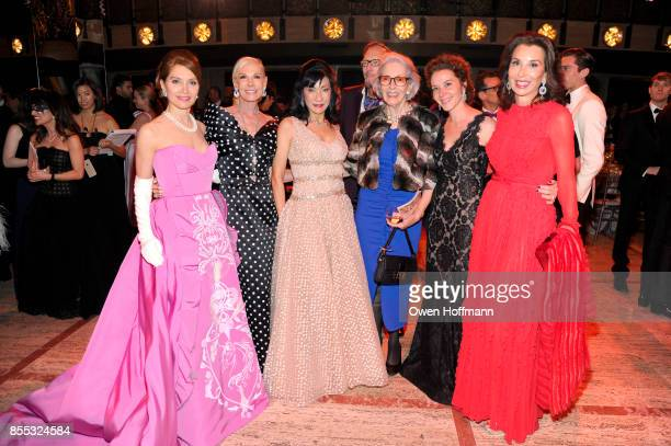 Jean Shafiroff Michelle Herbert Patricia Shiah Barbara Tober and Fe Fendi attends the New York City Ballet's 2017 Fall Fashion Gala on September 28...