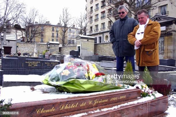 Jean Thiebaut et Bernard Launoy a l'origine du buste du chanteur Jean Thiebaut et Bernard Launoy a l'origine du buste du chanteur
