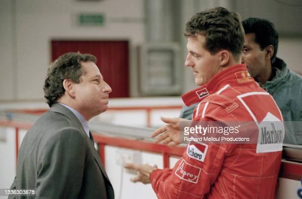 Jean Todt et Michael Schumacher chez Ferrari à Maranello en Italie.