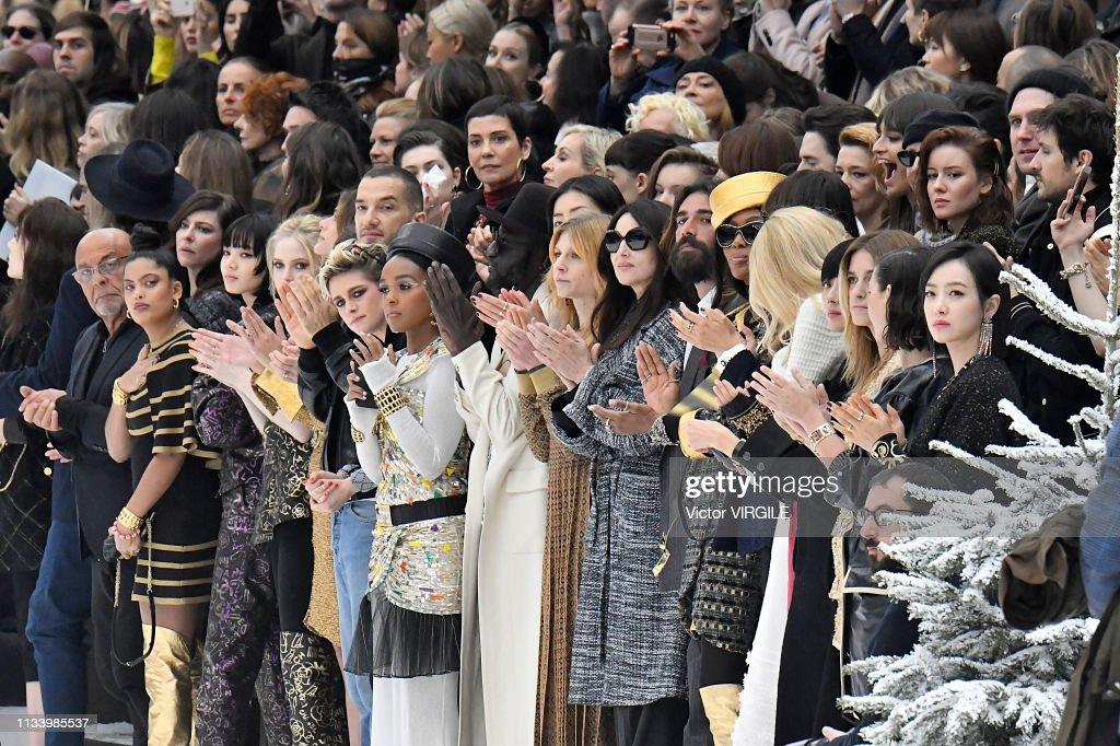Chanel - Runway - Paris Fashion Week Womenswear Fall/Winter 2019/2020 : News Photo