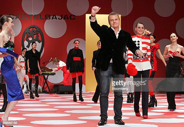 JeanCharles de Castelbajac fashion designer waves to the audience after presenting his Fall/Winter 20082009 readytowear collection in Paris France on...