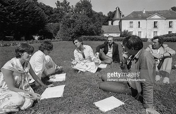 JeanClaude Brialy and a group of actors rehearse for a new play at his castle in Monthion France The production Si t'es Beau t'es Con will be held at...