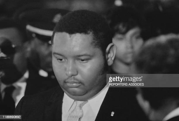 Jean-Claude Duvalier lors des obsèques de son père François Duvalier en avril 1971 à Port-au-Prince, Haïti.