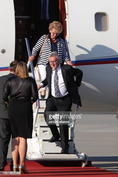 JeanClaude Juncker President of the European Commission and his wife Christiane Frising arrive to the G20 Summit in Hamburg Germany 06 July 2017 The...