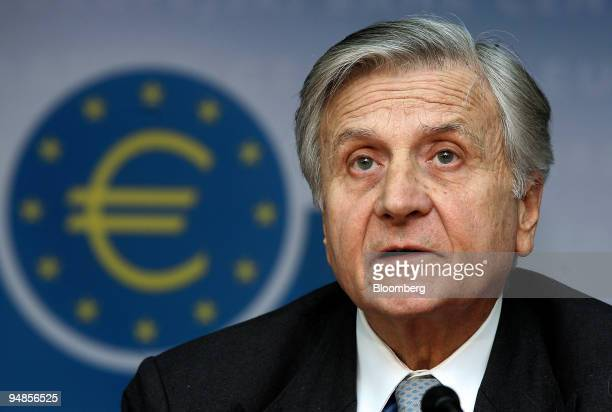JeanClaude Trichet president of the European Central Bank speaks at a news conference at the ECB in Frankfurt Germany on Thursday Nov 6 2008 Claude...