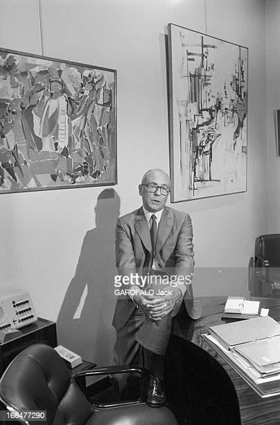 JeanClaude Weil Le couturier Jean Claude WEILL dirigeant de la maison Weill fondée en 1892 a lancé le terme de prêtàporter dans les année 50 Le...