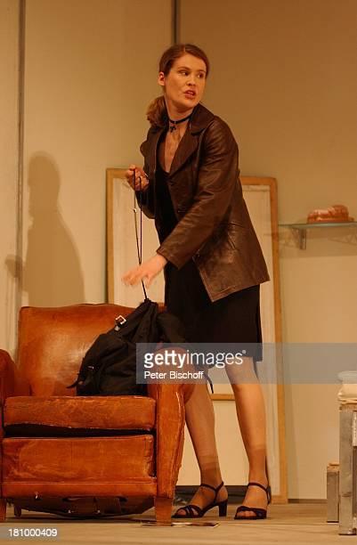 """Jeanette Arndt, Theater-Komödie: """"Einmal Sonne für Zwei"""", Hamburg, , """"Komödie Winterhuder Fährhaus"""", Schauspielerin, Bühne, Auftritt, Kulisse, Stück,..."""