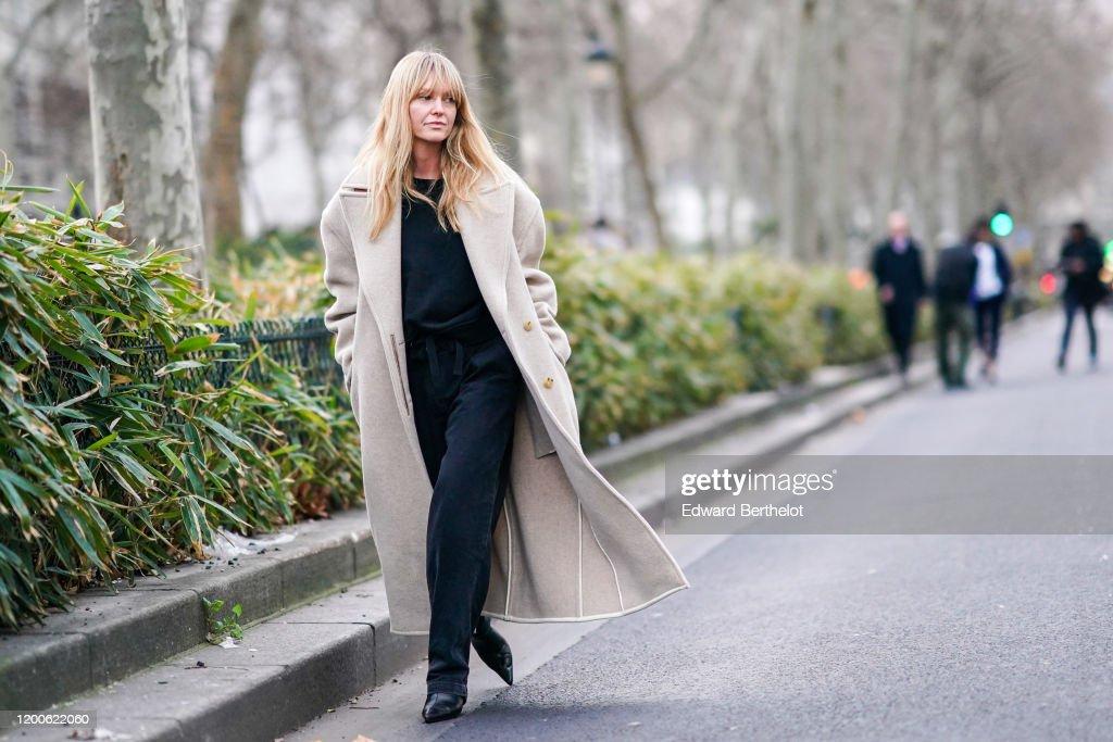 Street Style - Paris Fashion Week - Menswear F/W 2020-2021 : Day Six : News Photo