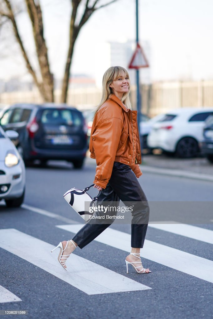 Street Style: February 22nd - Milan Fashion Week Fall/Winter 2020-2021 : Photo d'actualité