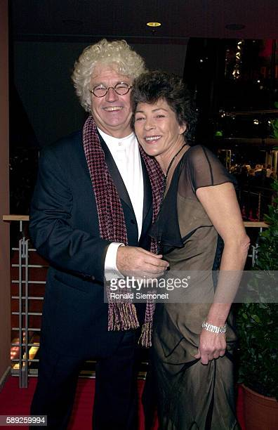 JeanJacques Annaud and his wife attend the screening of his film 'Enemy at the Gates'