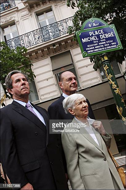 JeanLouis Debre President of the National Assembly his mother or widow of Michel Debre AnneMarie Lemaresquier and Jacques Chirac in Paris France on...